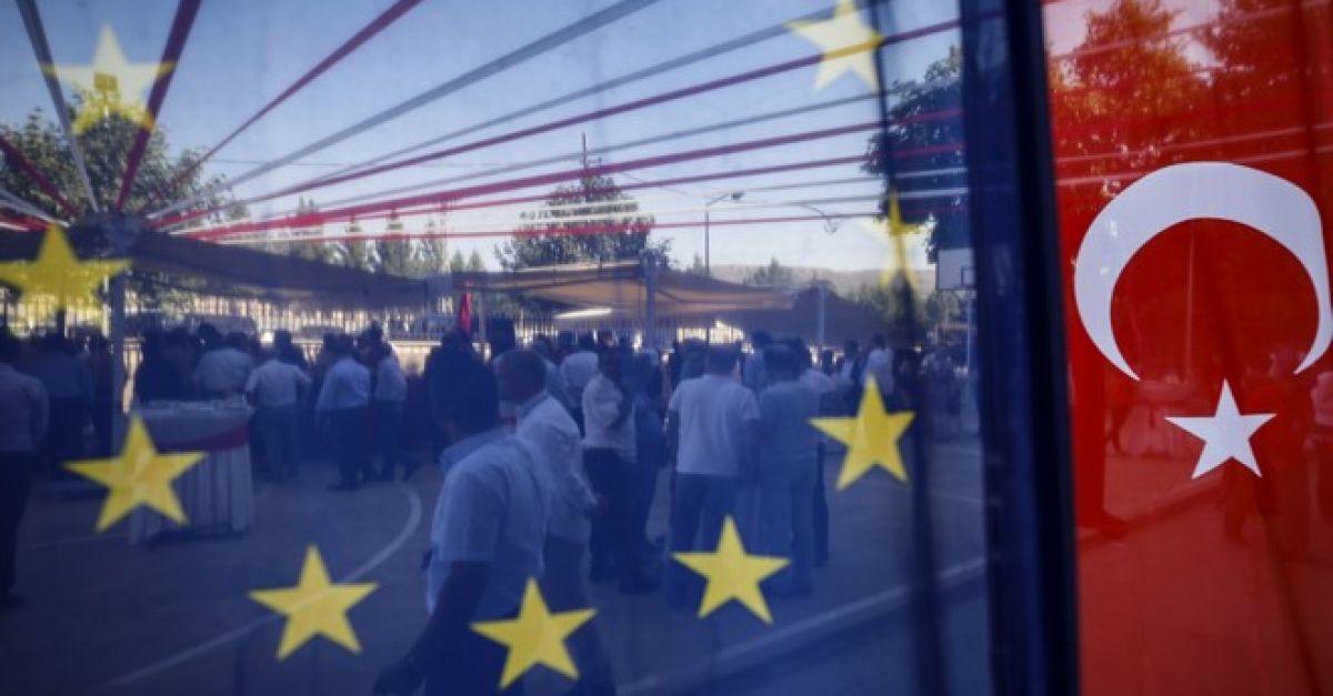 ΕΕ: Η Τουρκία να συμβάλει στην επίλυση του Κυπριακού