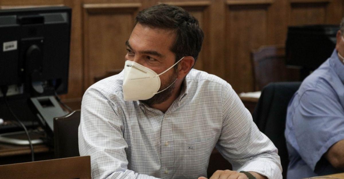Τσίπρας σε κυβέρνηση: Σταματήστε να θεωρείτε τη διαχείριση της πανδημίας επικοινωνιακό παιχνίδι