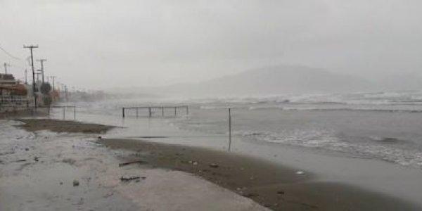 Κακοκαιρία Ιανός: Πρώτη εικόνα από το «χτύπημα» του κυκλώνα στη Ζάκυνθο