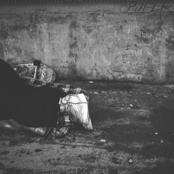 άστεγος πανδημία